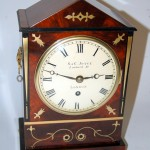 Joyce Bracket clock with round convex dial